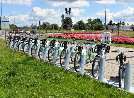 Cały tydzień na rowerach miejskich BiKeR: pierwsza godzina za darmo